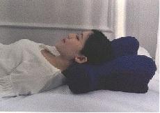 仰向け寝(低)